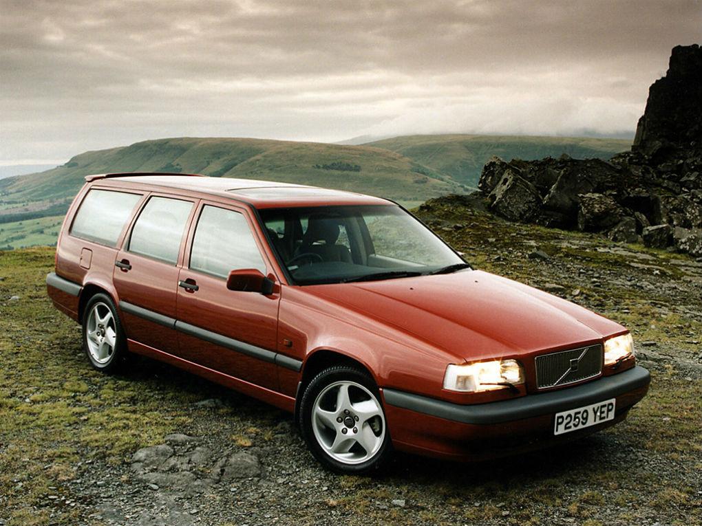 4004401_Volvo 850 10