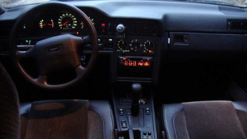 4004401_Volvo 850 6