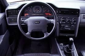 4004401_Volvo 850 7